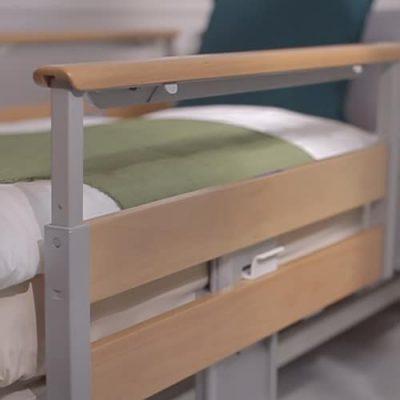 ราวข้างเตียง pantographe