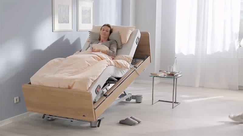 เตียงปรับระดับผู้สูงอายุ