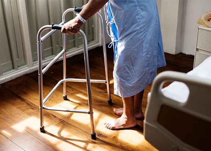 อุปกรณ์ดูแลผู้ป่วยที่บ้าน