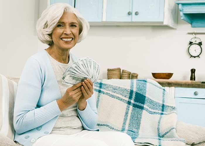 เงินผู้สูงอายุ