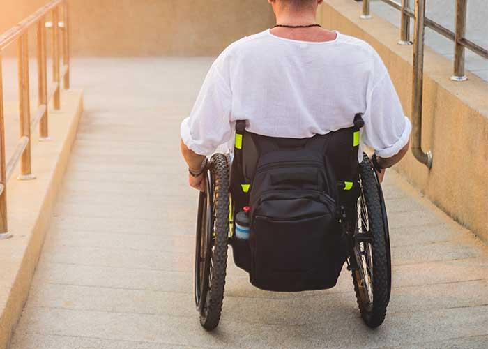ทางลาดคนพิการ
